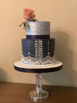 cake enmproidery