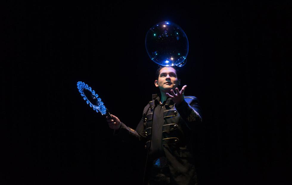 Burbujas-Negro-3 2.jpg