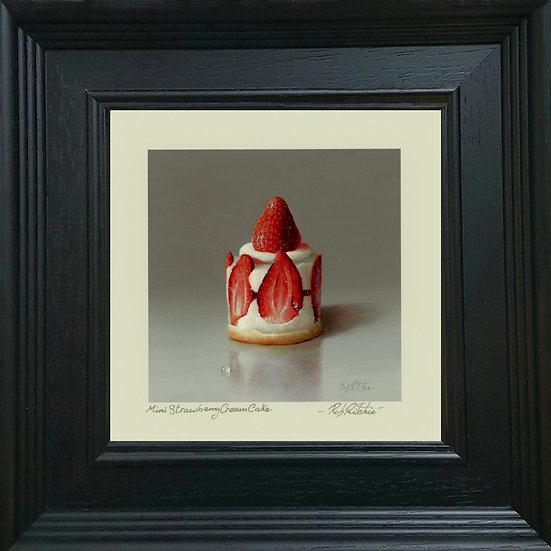 Mini Strawberry Cream Cake