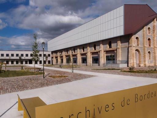 Banzaï Lab investit le parvis des Archives de Bordeaux