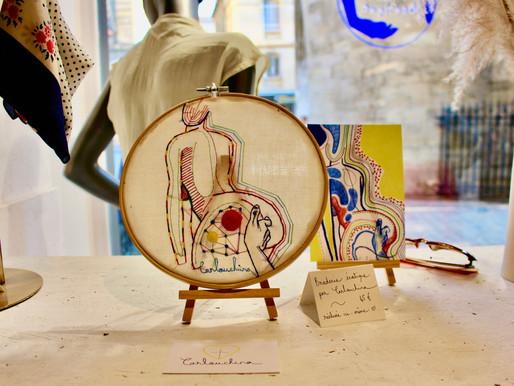 Carlouchina : broderie érotique et libératrice exposée à La Reprise, boutique atelier textile