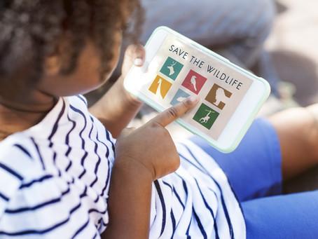 Crianças e celulares: saiba como dar limites para essa relação
