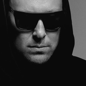 UMEK on Building a Scene (048)