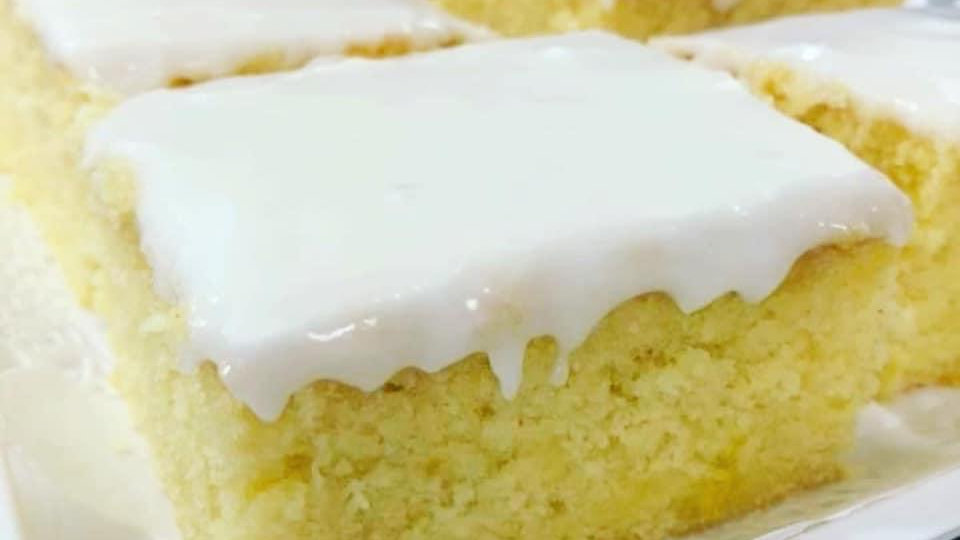 Lemon Drizzle TrayBake 9x9  (SPECIAL OFFER)