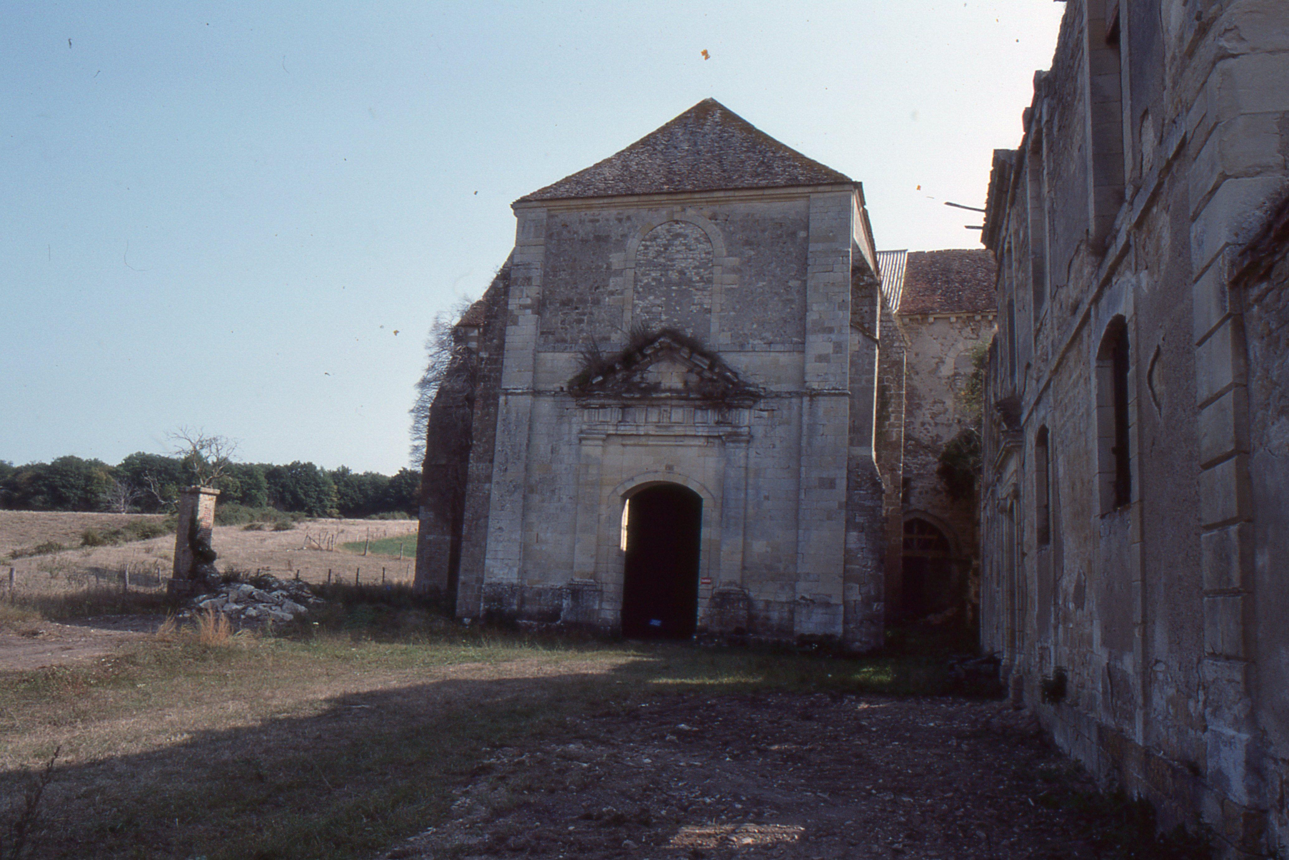 17/09/1989 - Parvis de l'église