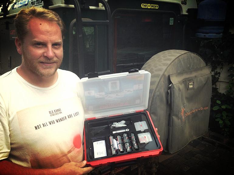 Tim Skelton with Uniross Batteries_edited.jpg