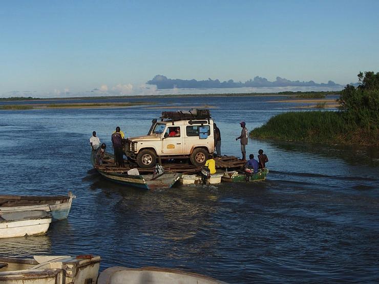 Rovuma River crossing