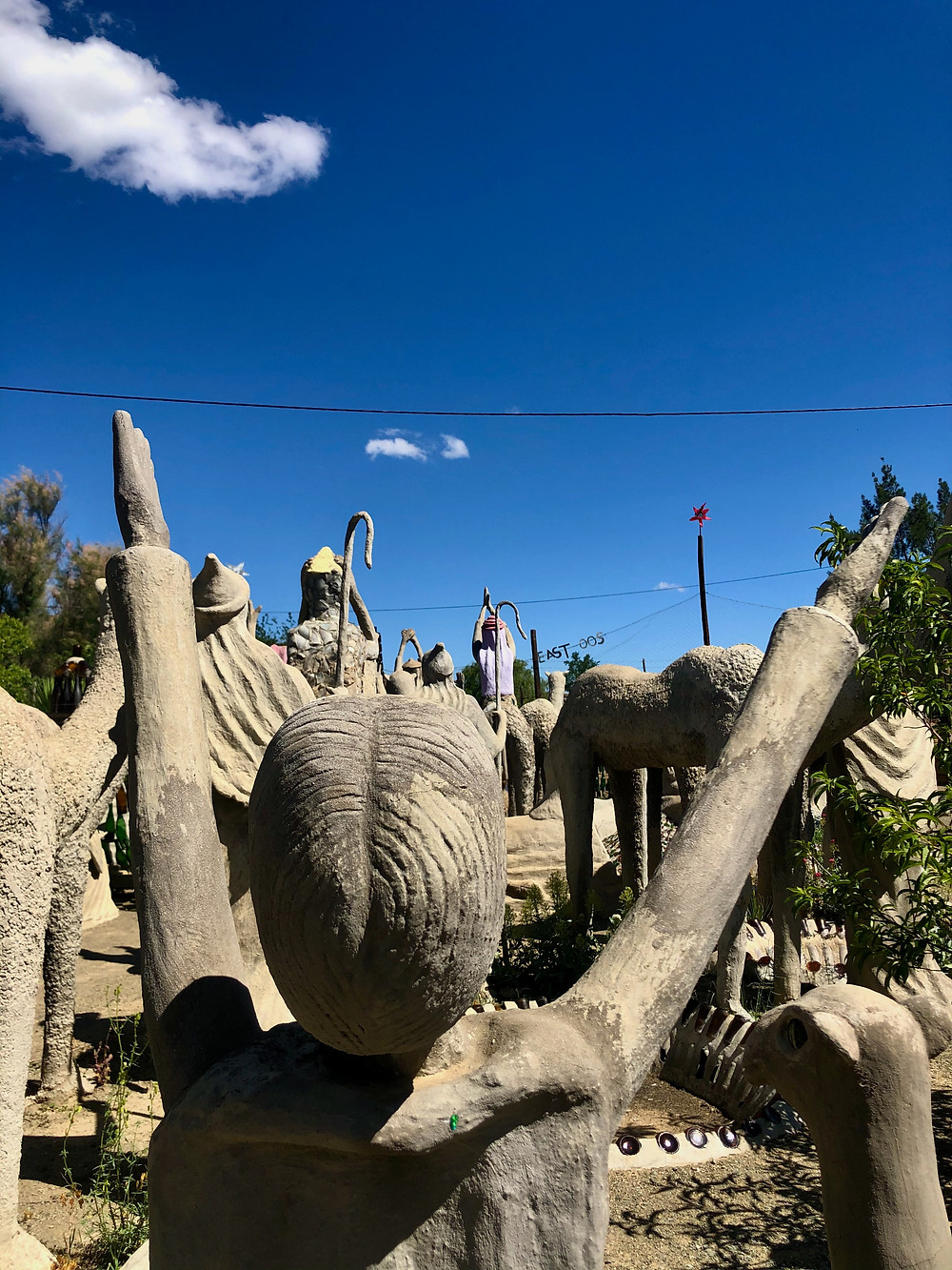 Sculpture Worship Camel Yard, Naïve art
