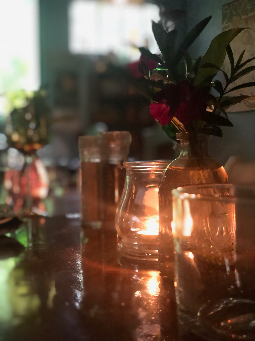 Table setting, candle light, crystal, flower, ambient, ambient table setting,
