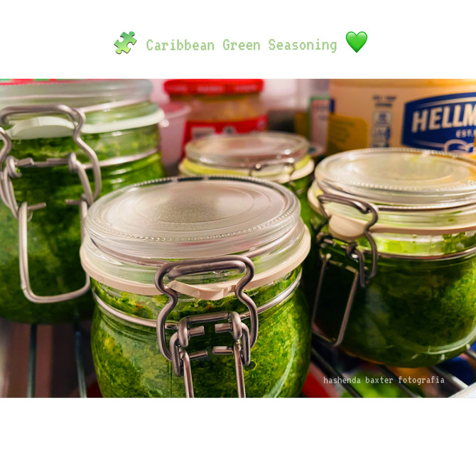 Caribbean Green Seasoning..made from scratch..throw this in your pot and thank me later👩🏿🍳🥘