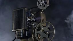 portable-vintage-8mm-movie-projector.web