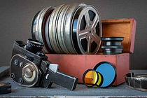 8mm-film-in-box_1024.jpg