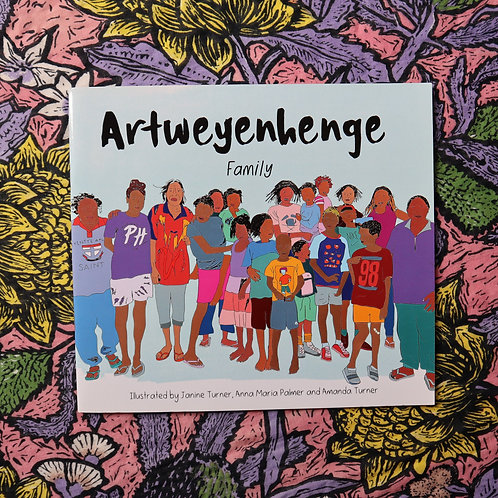 Artweyenhenge/Family by Janine Turner, Anna Maria Palmer and Amanda Palmer