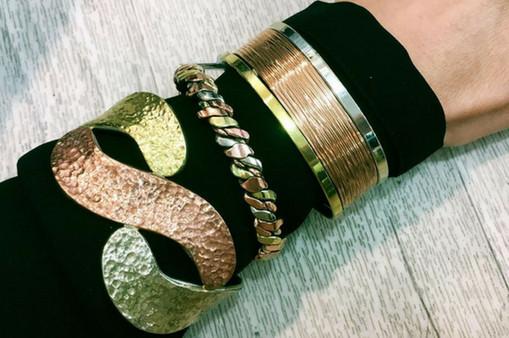 bracelets-cuivre-aimants.jpg