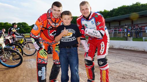 Matt Williamson, Mascot & James Cockle : Image By Ian Groves