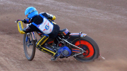 Nathan Stoneman In Turn 4 Heat 7 : Image By Ian Groves