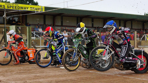 Heat 1 Start : Image By Ian Groves