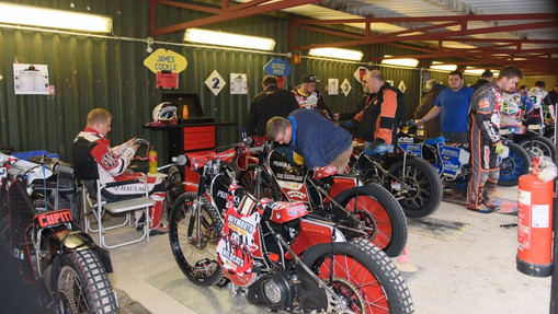 Getting Ready In The Pits : Image By Mike Thomas