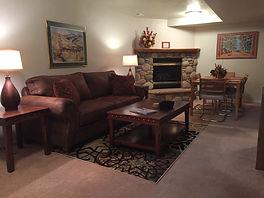 #10 living room 1.JPG