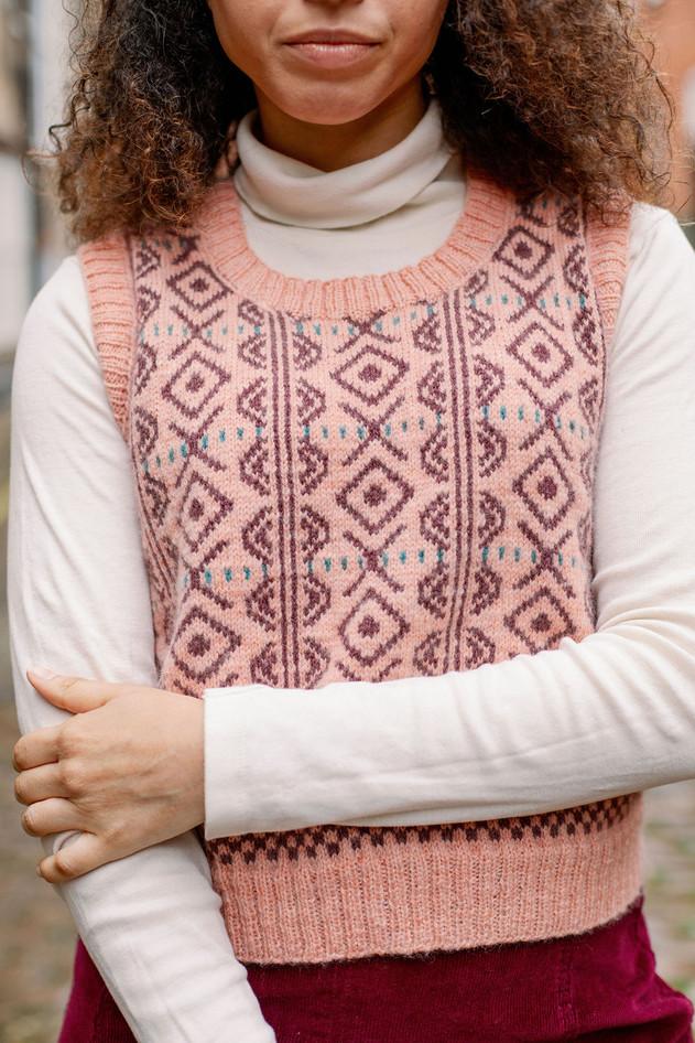 Mino Pullover Vest