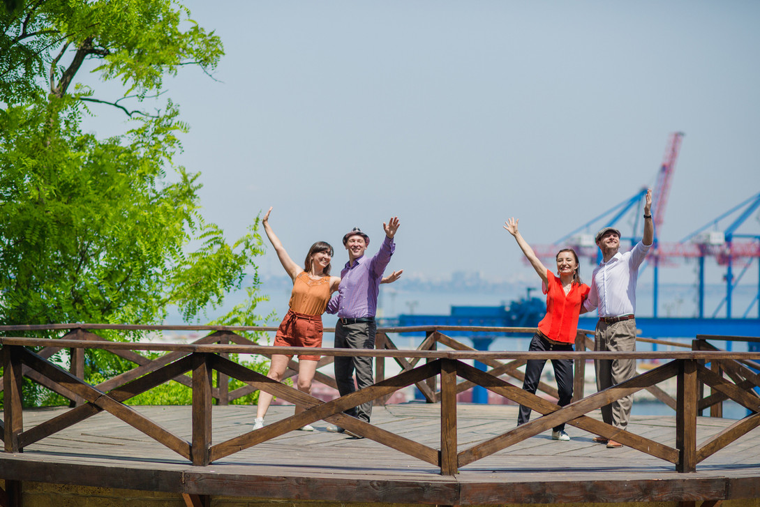 Наши любимые преподаватели из Киева в парке Шевченко