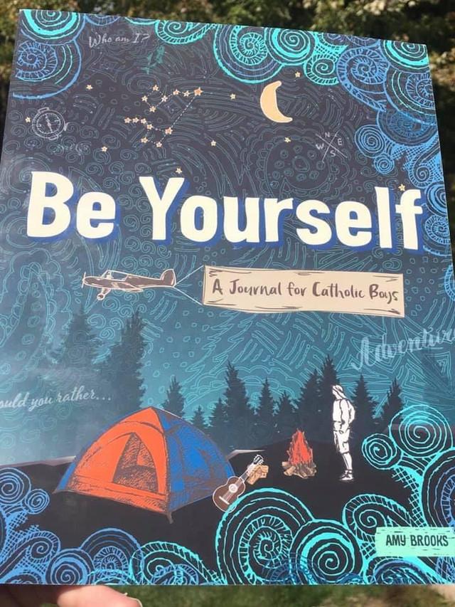 """""""Be Yourself"""": Un Diario para acercar a tus Hijos a Dios"""
