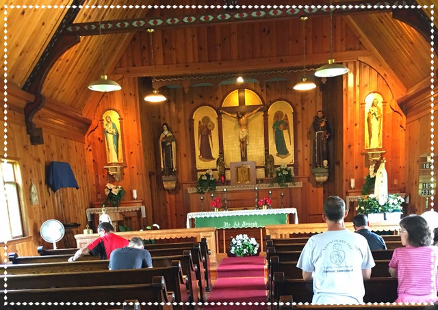 Aventuras en Catholic Familyland