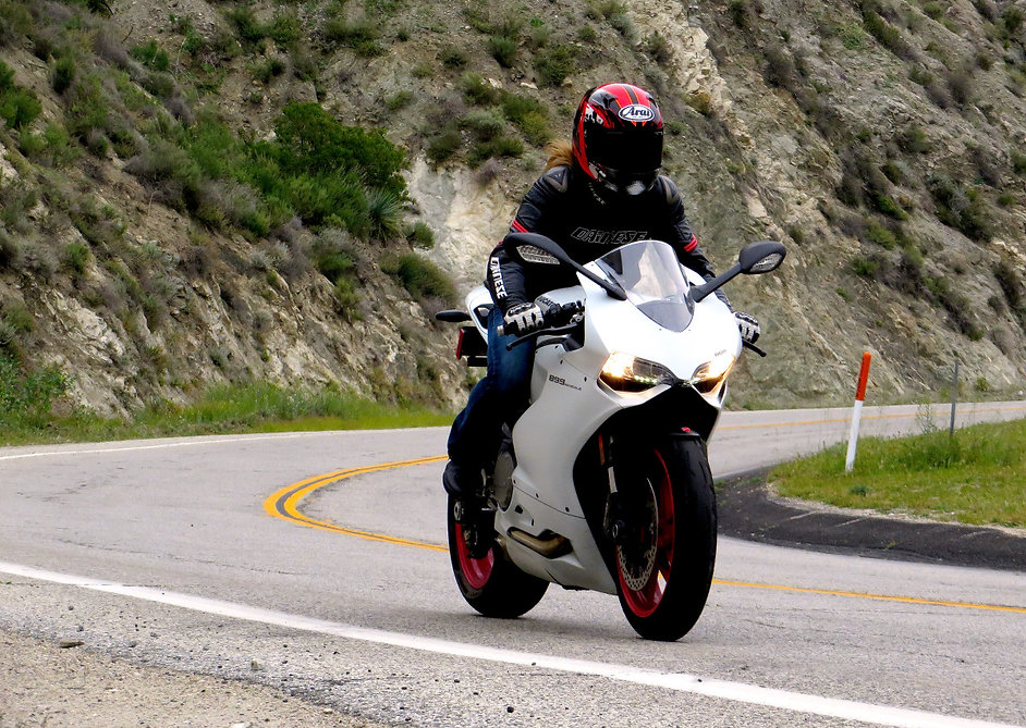Heather Bonomo, Ducati Panigale 899, Daiese Motorcycle Jacket, Arai Helmet