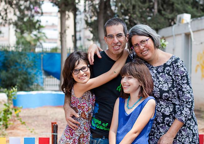 משפחה חוגגת