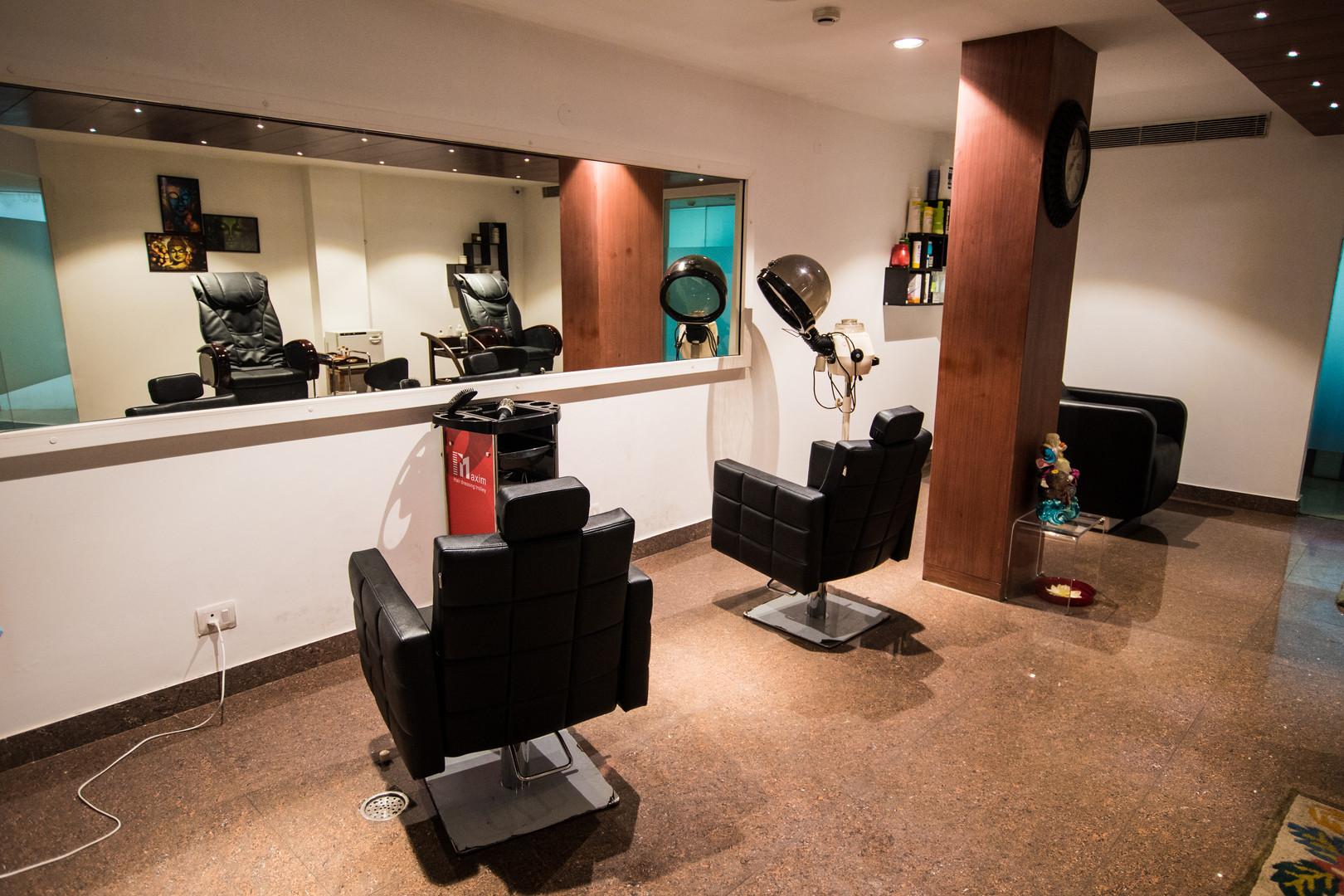 Salon Area.jpg