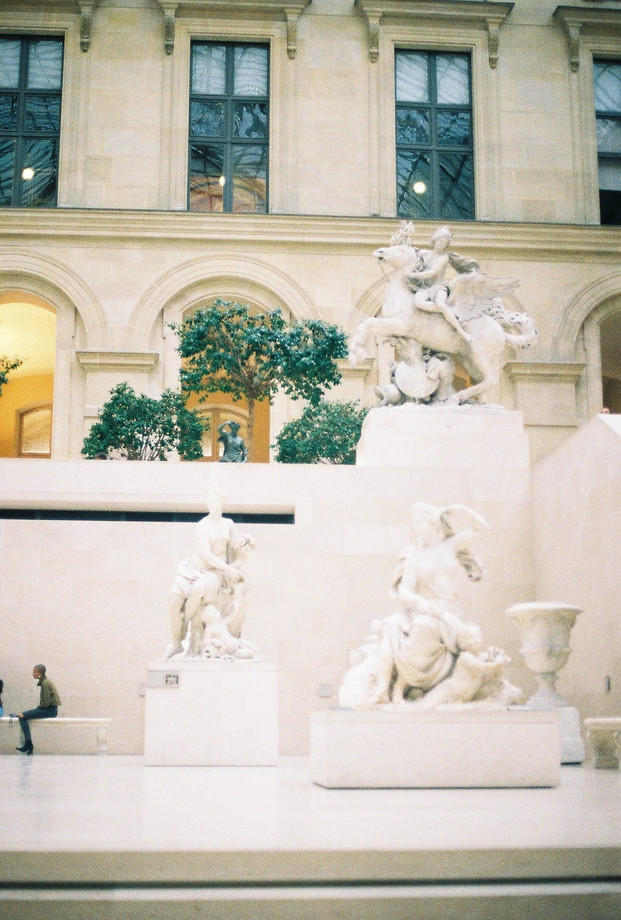 louvre is for lost souls