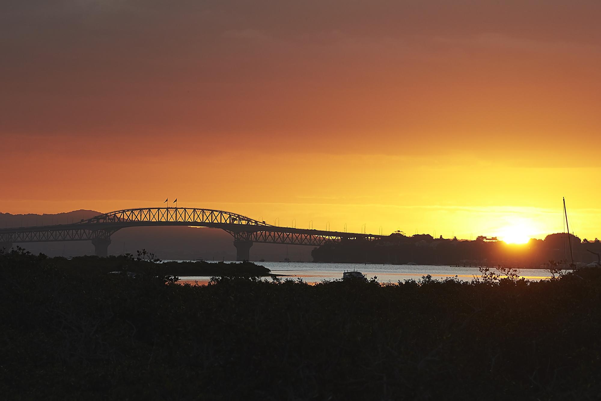 Auckland Harbour Bridge - Sunset - 0002
