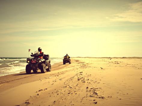 VTT sur la plage Iles-de-la-Madeleine