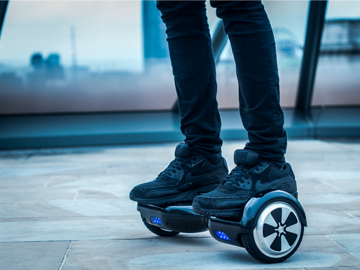 What Hoverboard is and how does it work?