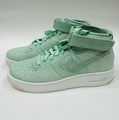 48d332c3520f Enamel Green Enamel Green White Nike Wmns Air Force 1 Flyknit Product ID  Code  818018-301 (Trainer box comes with no lid)