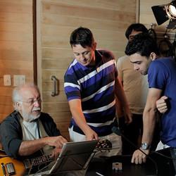 Roberto Menescal,Bruno Santos & R.R