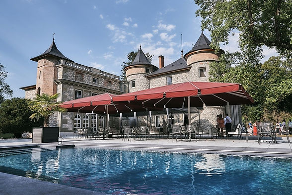 chateau-de-servolex-la-motte-piscine_e-0
