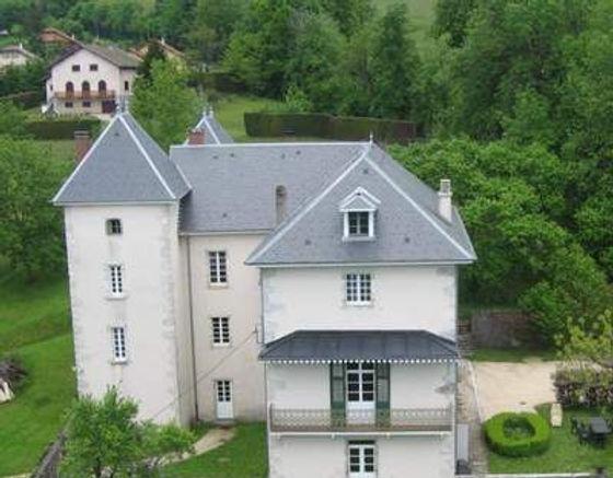 chateau de saint offenge.jpg