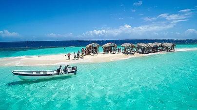 cayo-arena-paradise-island-side-view-thi