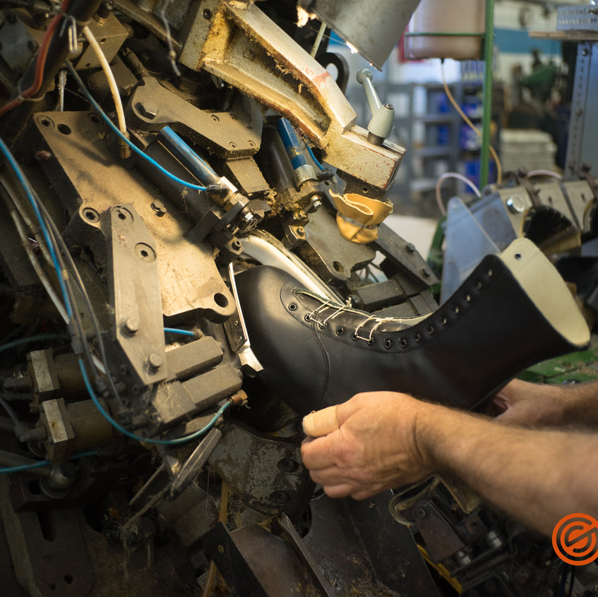 Adding the toe cap to a 172 boot