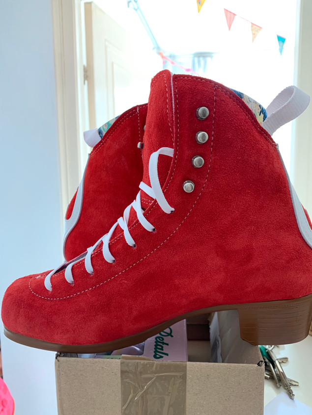 Poppy red jack boots