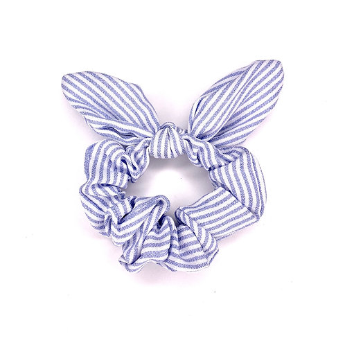 Bow Scrunchie - Baby blue