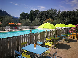 vacances, groupe, mariage, cousinade, seminaire, team building, famille, caf, vacaf, buis, drome, provence, caming, piscine, baronnies,