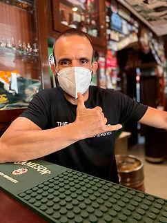 he corner irish pub