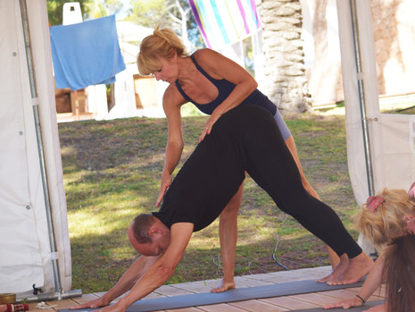 Pilates_Slings_Yoga_Web_08.jpg