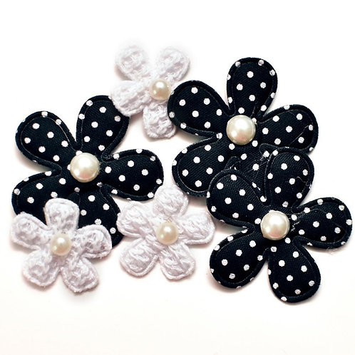 Fabrique Crochet Flowers W/Pearls