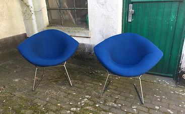 Bertoia Diamond Chairs Knoll international