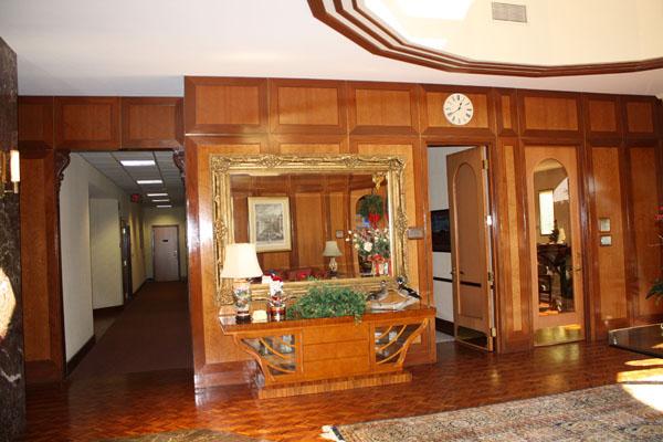 4th floor lobby 4