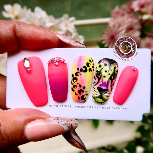 'Neon Wild life' Press on Nails
