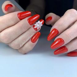 Russian Nail Modelling